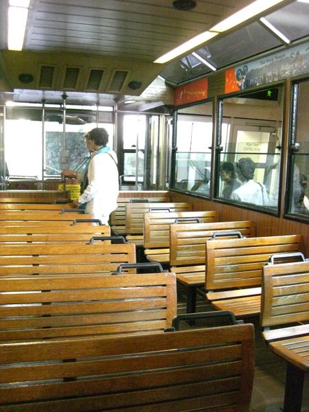 306太平山纜車車廂.JPG
