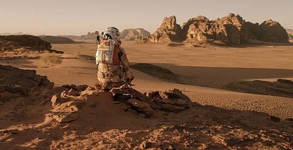 The-Martian-Matt-Damon-Hamilton-Watch-5.jpg