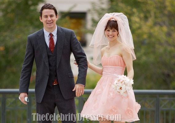 rachel_mcadams_short_pink_wedding_dress_in_movie_the_vow_.jpg