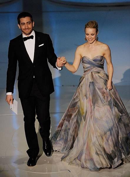 jake-gyllenhaal-and-rachel-mcadams_0.jpg