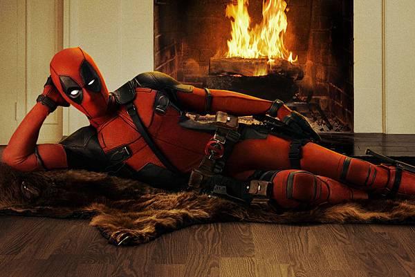 deadpool-movie-costume-pic-2.jpg