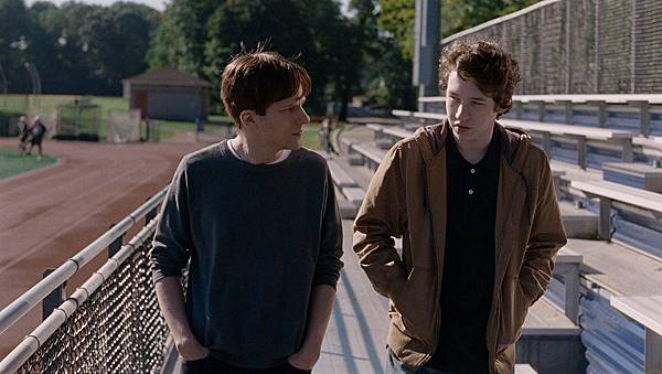 Louder_Than_Bombs_Still.jpg