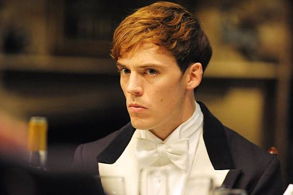 The-Riot-Club-Sam-Claflin-Hunger-Times-05.jpg