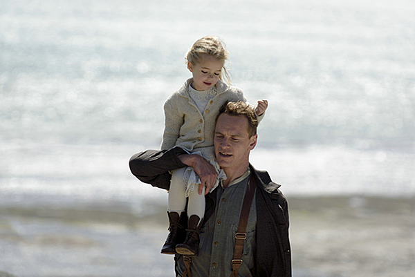 the-light-between-oceans-michael-fassbender-alicia-vikander-rachel-weisz-349486.jpg-r_1920_1080-f_jpg-q_x-xxyxx.png