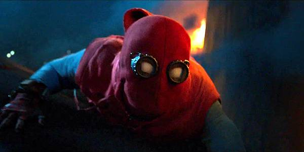 Spider-Man-Homecoming-DIY-suit.jpg