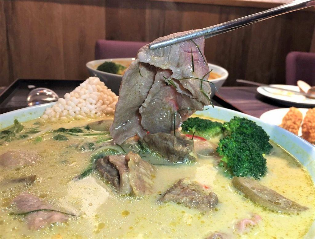 綠咖哩牛肉河粉 (2).jpg