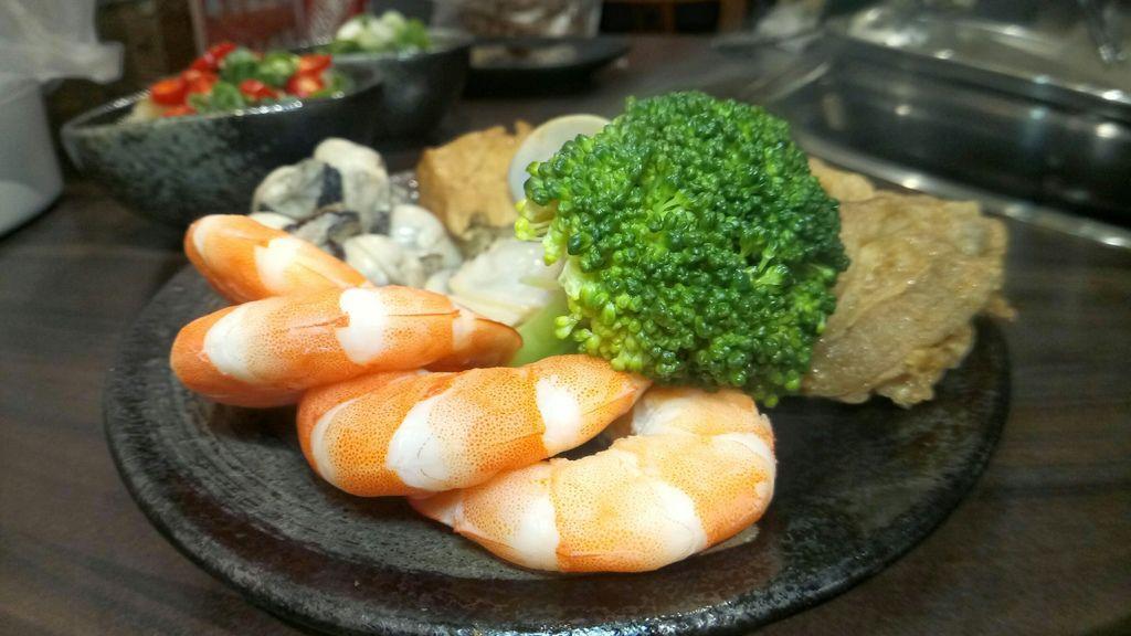 煮熟的蝦子.jpg