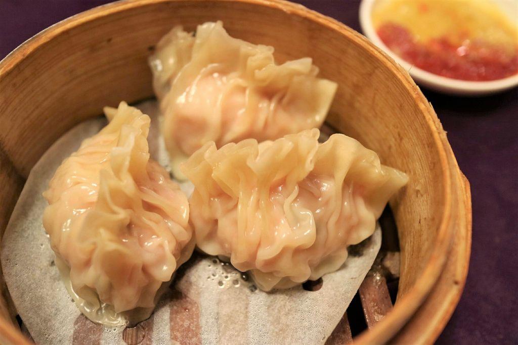 鮮蝦魚翅餃 (4).jpg