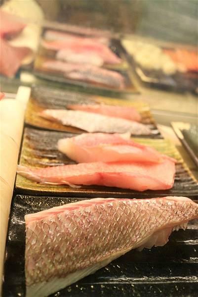 日本真鯛紅皮刀黑曹 (3).jpg