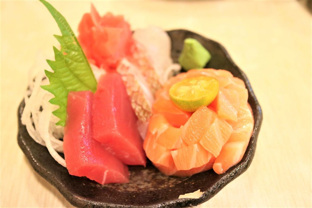 綜合生魚片 (5).jpg