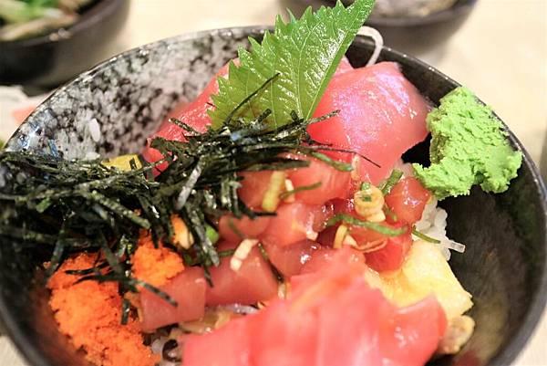 鮪魚丼 (2).jpg