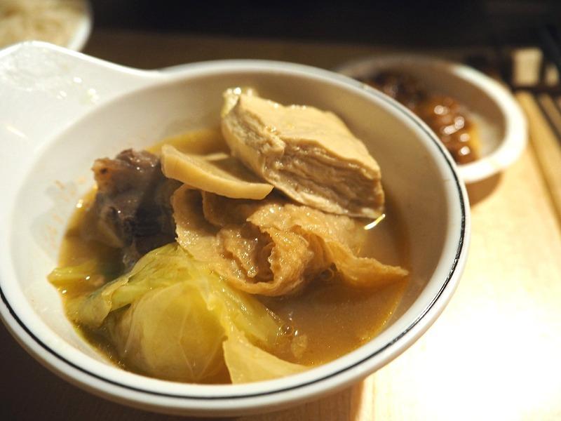 高麗菜豆皮豆腐.jpg
