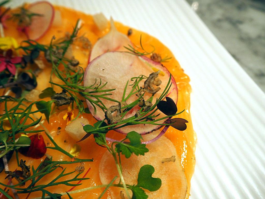 炸鮭魚皮 (2).JPG