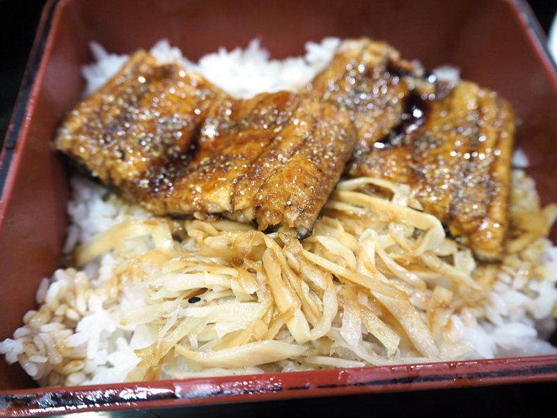 鰻魚飯 (2).JPG