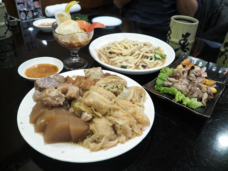 關東煮炒麵鰻魚肝 (1).JPG