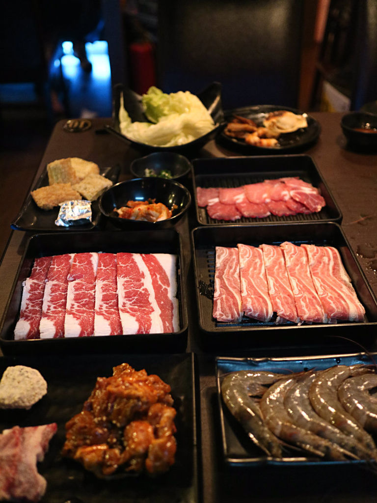 肉盤海鮮.JPG