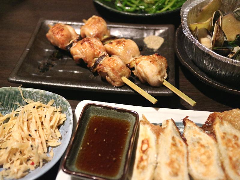 煎餃子雞肉串 (2).JPG