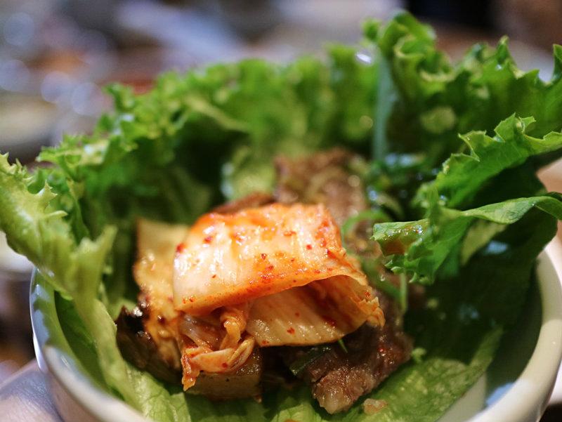 生菜包肉 (1).JPG