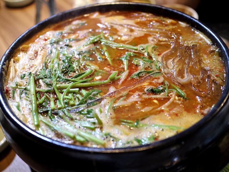 馬鈴薯排骨湯 (3).JPG