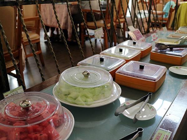 早餐餐檯 (2).JPG