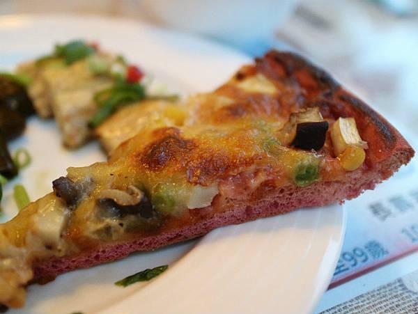 甜菜根披薩 (2).JPG