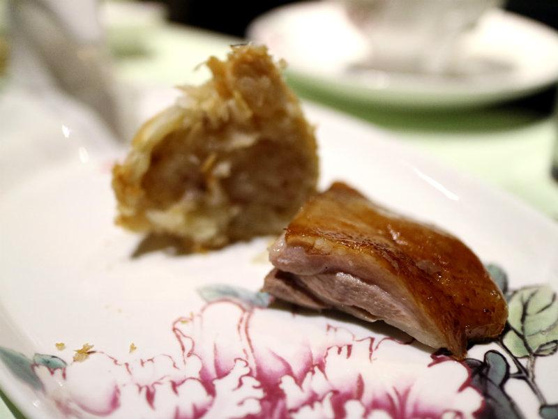 先知鴨+蘿蔔絲酥餅.JPG