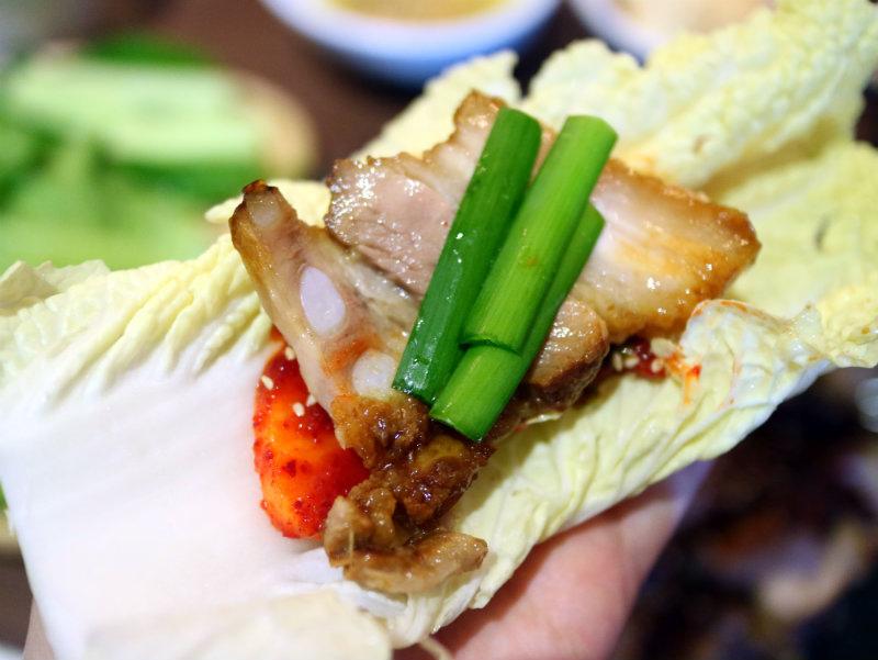 生菜包肉 (3).JPG