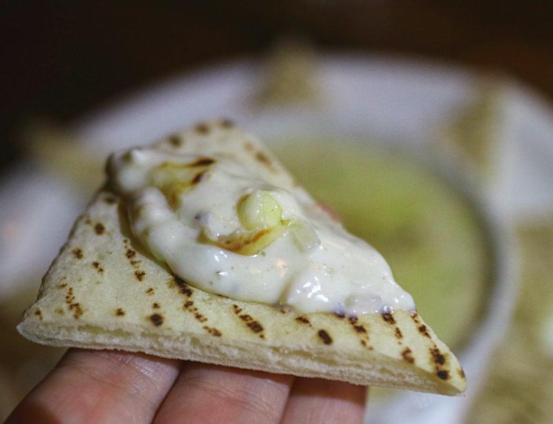 蟹肉沾醬與皮塔麵包 (1).JPG