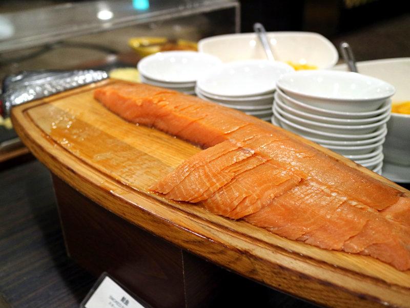 燻鮭魚 (2).JPG