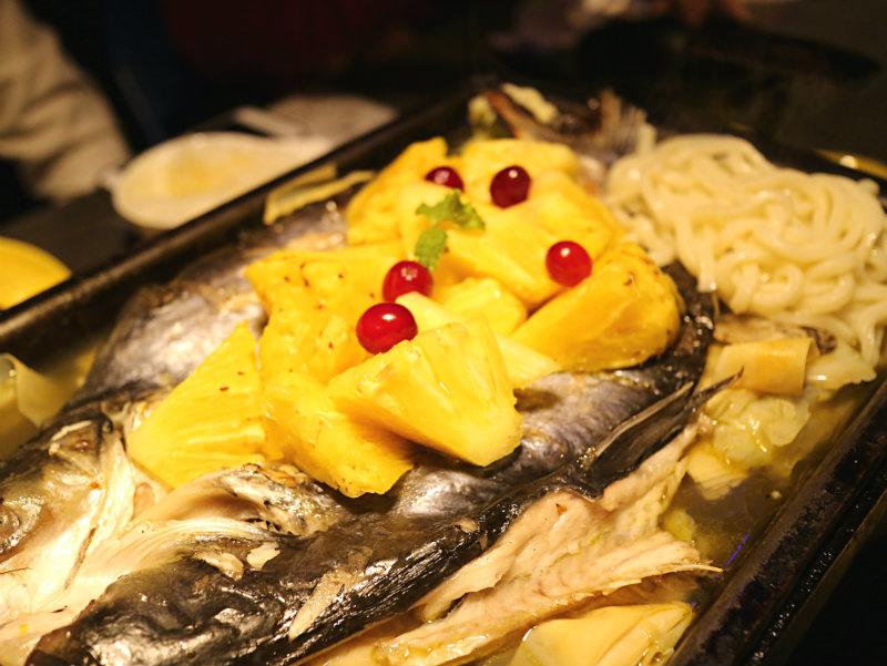 鳳梨野莓烤魚 (3).JPG