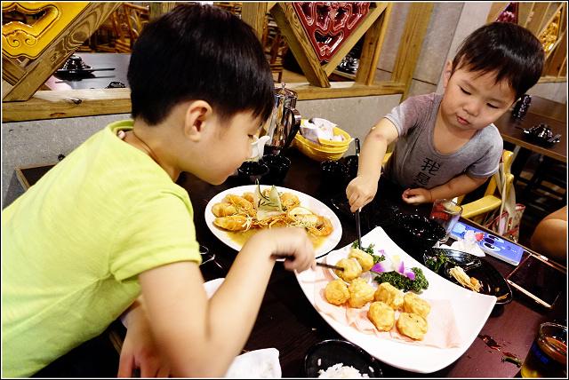 活跳跳活蝦餐廳  (37).jpg