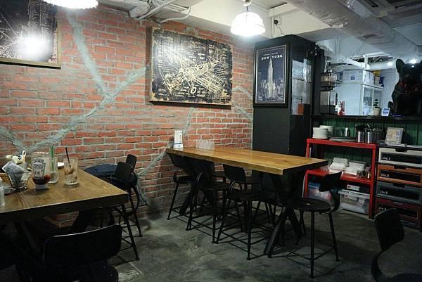 roofy-bar- cafe-02.jpg