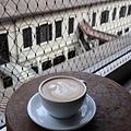 betweencoffee21.JPG