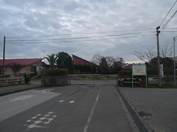 幼稚園與小學的入口
