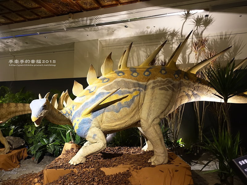 白堊紀恐龍特展150624010