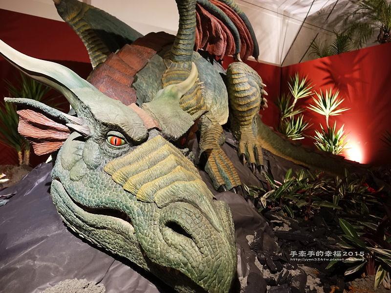 白堊紀恐龍特展150624013