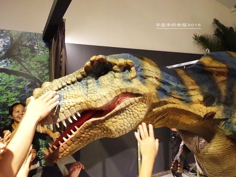 白堊紀恐龍特展150624020