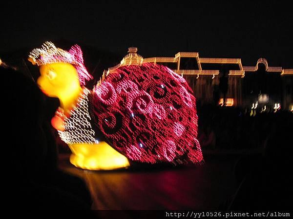 東京迪士尼-花燈遊行7.JPG