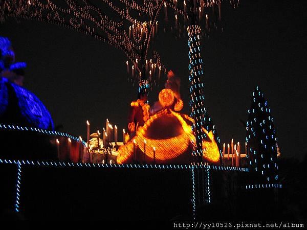 東京迪士尼-花燈遊行25.JPG