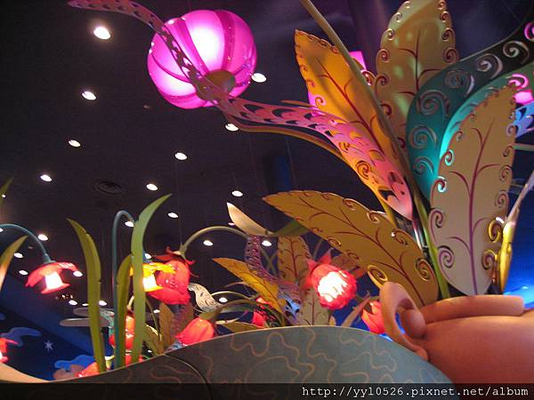 東京迪士尼-愛麗絲餐廳3.JPG
