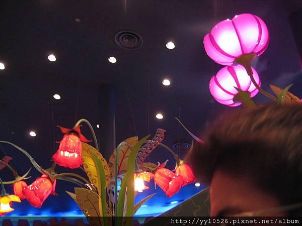 東京迪士尼-愛麗絲餐廳6.JPG