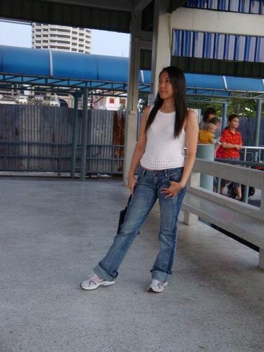 Jeans2Dec00.jpg