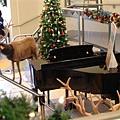還有自動鋼琴伴奏 真享受.JPG
