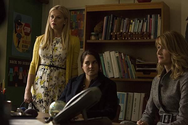 瑪德琳(瑞絲薇斯朋 Reese Witherspoon 飾)、珍恩(雪琳伍德利 Shailene Woodley 飾)、瑞塔娜(蘿拉鄧恩 Laura Dern 飾)