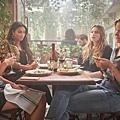琳恩(康妮蔻 Nicole Kang 飾)、佩姬(雪米契爾 Shay Mitchell 飾)、安妮凱(凱瑟琳蓋勒 Kathryn Gallagher 飾)、貝可(伊莉莎白萊爾 Elizabeth Lail 飾)