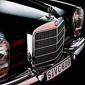 賓士古董車