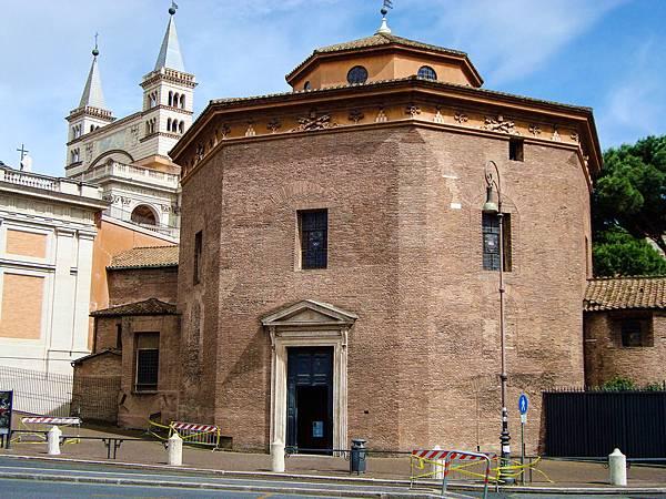 21.145洗禮堂(圖片來源:google).jpg