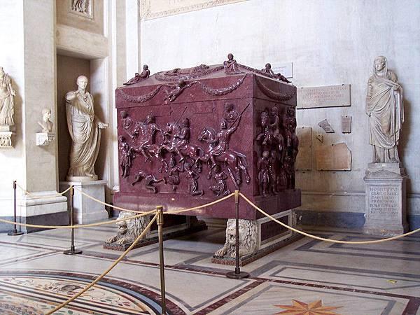 22.07希臘十字廳-聖埃萊娜的石棺(圖片來源:google).jpg