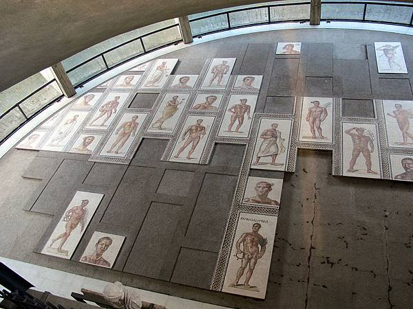 22.26歷史世俗館-馬賽克與卡拉卡拉浴場運動員(圖片來源:google).JPG
