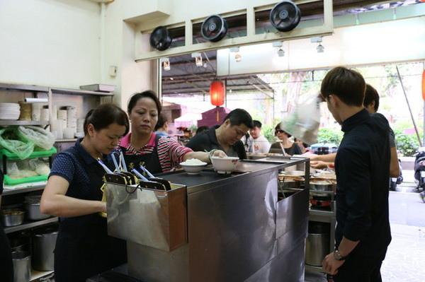 黃記滷肉飯 (3)